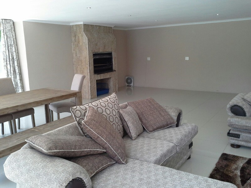 Three Rivers Proper property for sale. Ref No: 13368904. Picture no 17