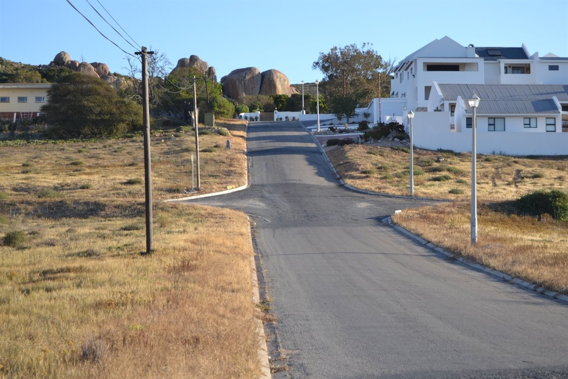 Da Gama Bay property for sale. Ref No: 13249758. Picture no 12