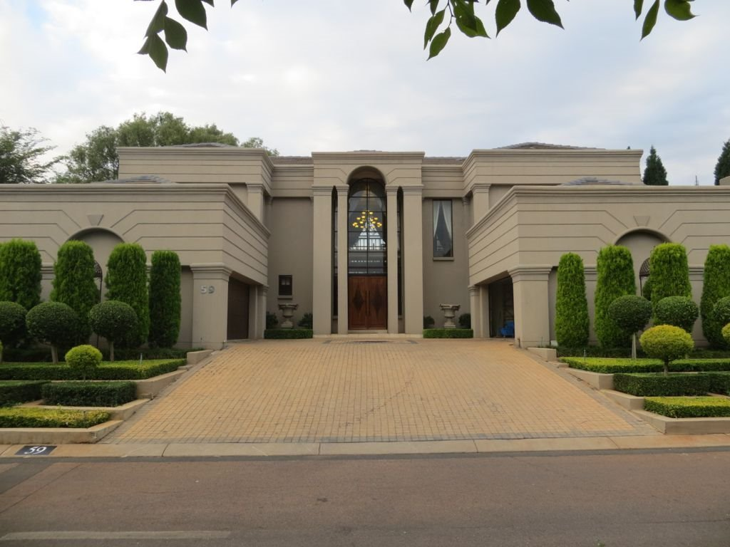 Property and Houses to rent in Centurion Golf Estate, House, 4 Bedrooms - ZAR , 38,00*,M