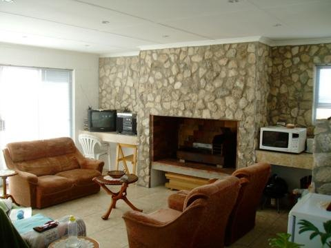 Country Club property for sale. Ref No: 13424186. Picture no 26