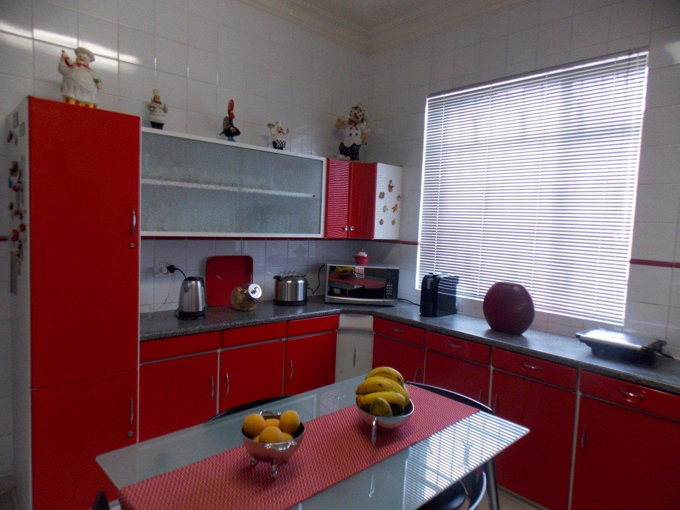 Malvern property for sale. Ref No: 13467428. Picture no 9