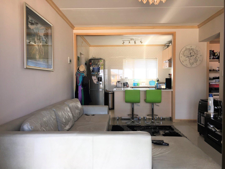 , Apartment, 2 Bedrooms - ZAR 1,195,000