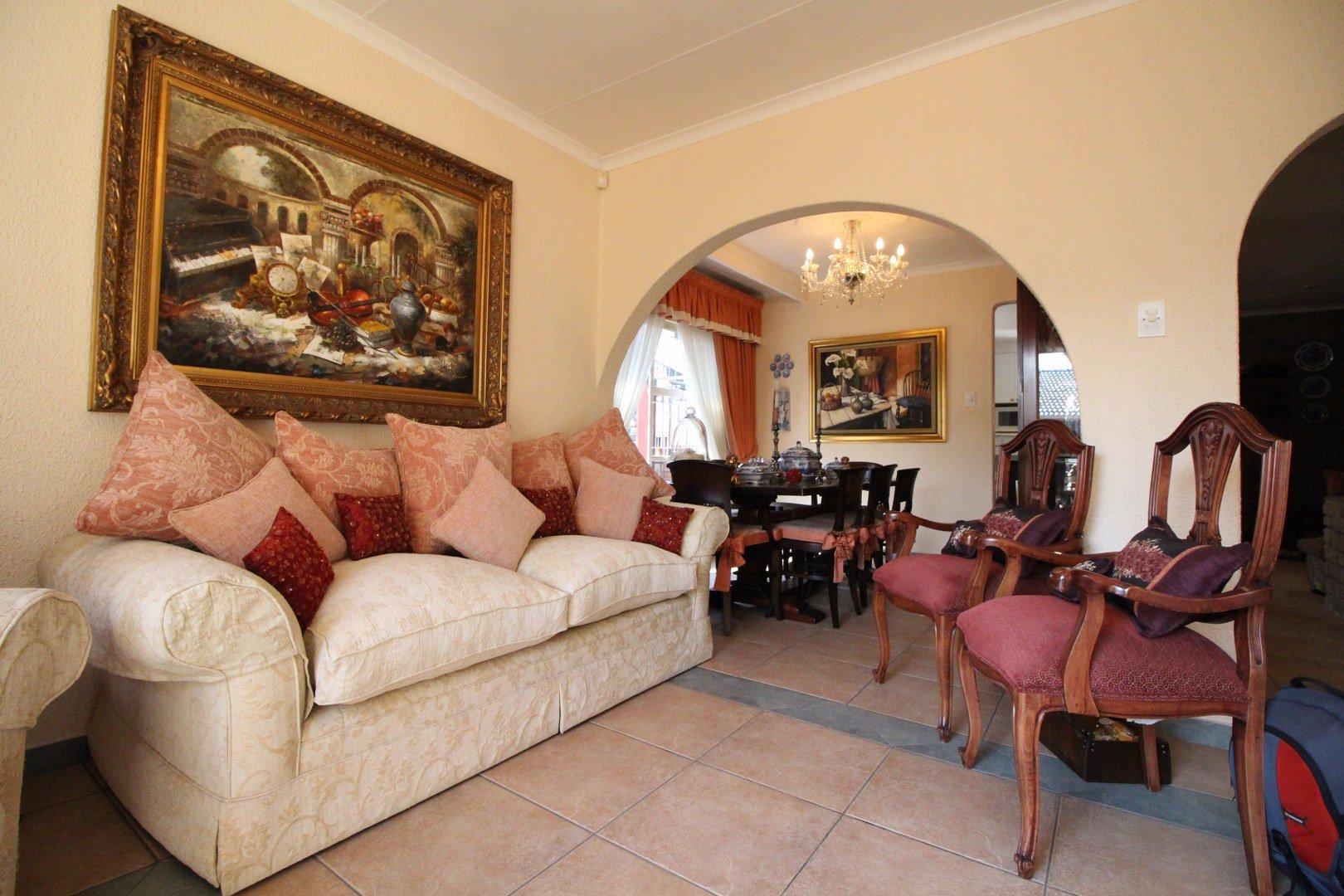 Mulbarton property for sale. Ref No: 13511727. Picture no 7