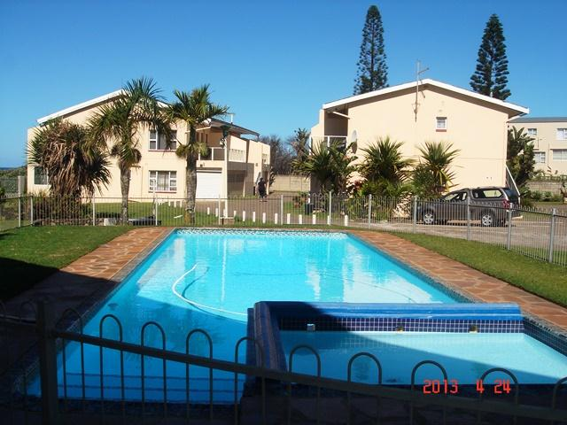 Uvongo property for sale. Ref No: 12735443. Picture no 2