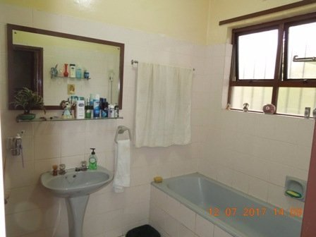 Winklespruit property for sale. Ref No: 13510022. Picture no 11