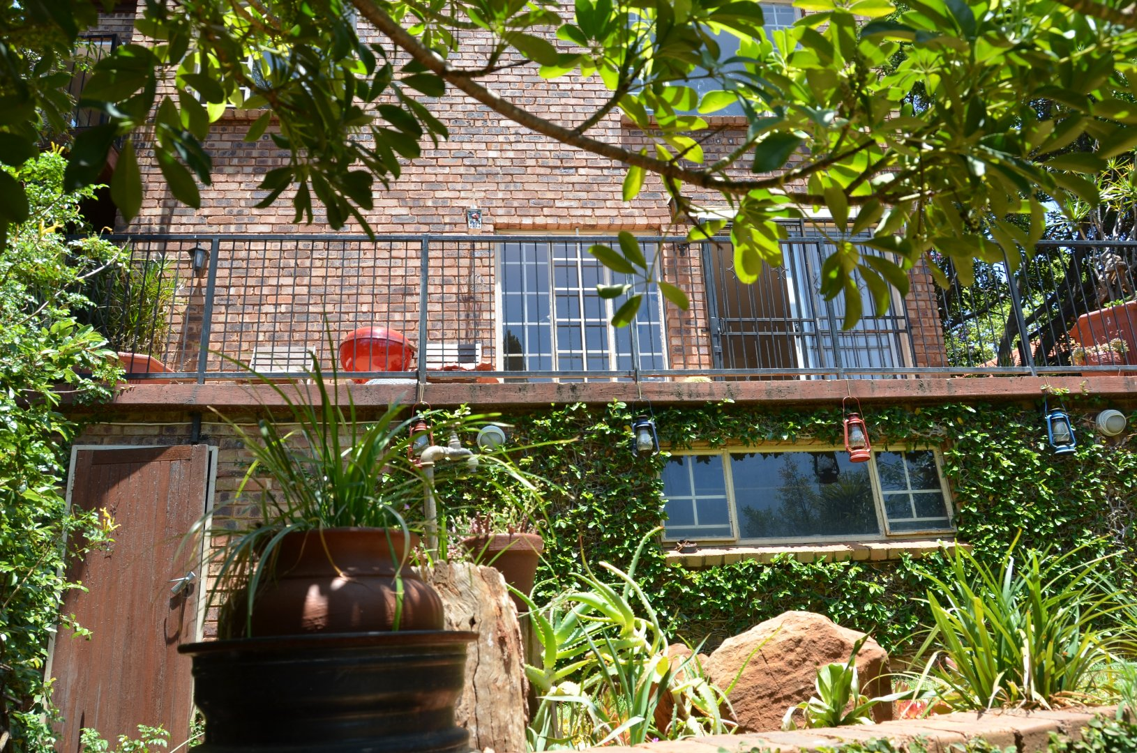 Property and Houses for sale in Val De Grace, Townhouse, 3 Bedrooms - ZAR 1,495,000