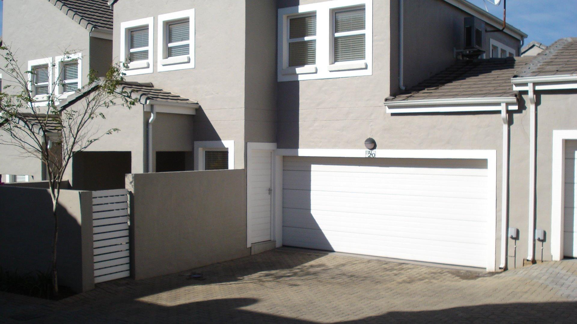 Randburg, Boskruin Property  | Houses For Sale Boskruin, Boskruin, Townhouse 3 bedrooms property for sale Price:1,499,000