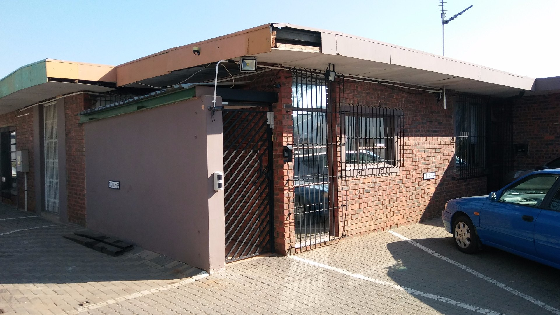 Midrand, Halfway House Property  | Houses For Sale Halfway House, Halfway House, Commercial  property for sale Price:2,150,000