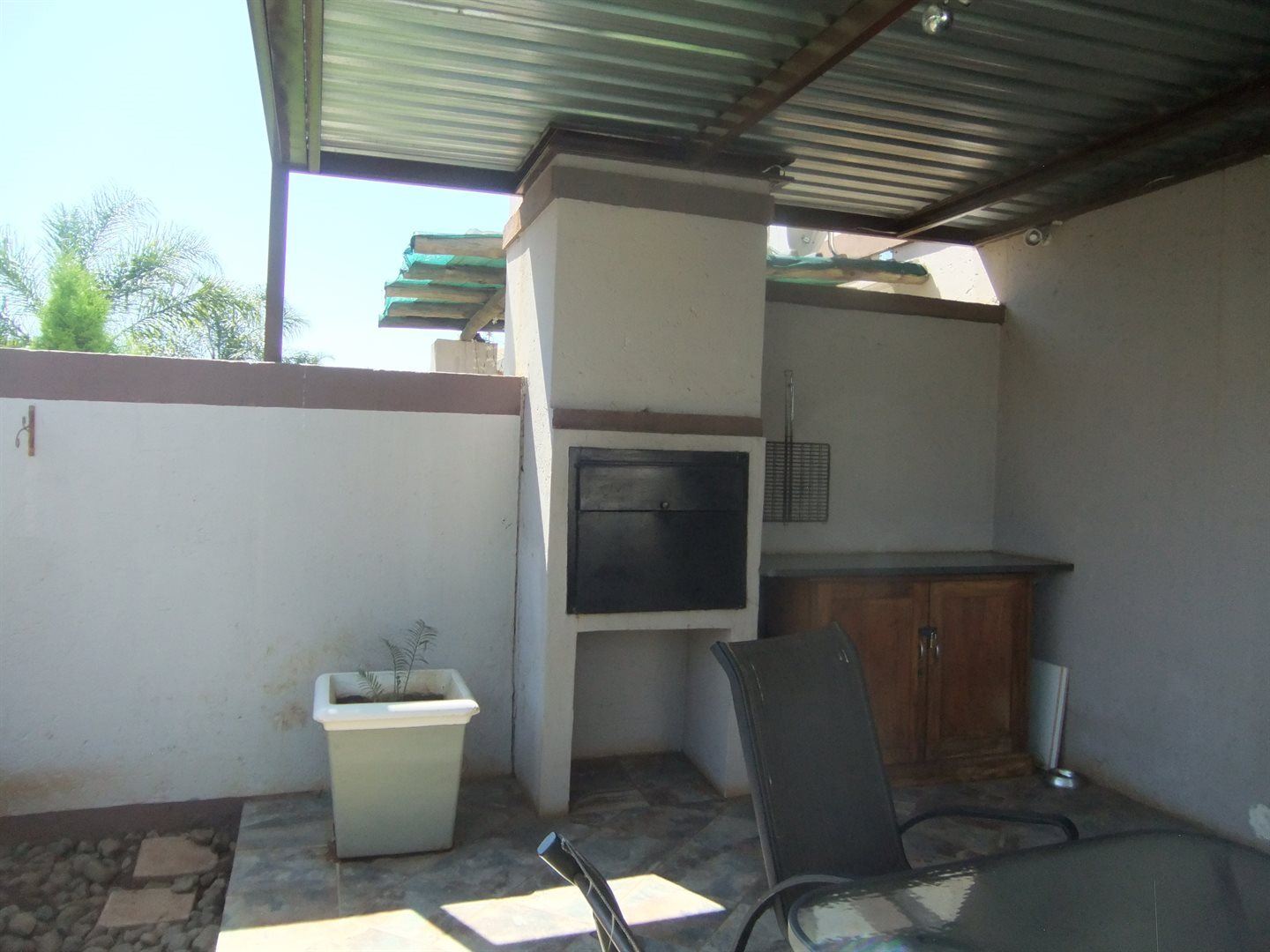 Annlin property for sale. Ref No: 13551854. Picture no 7