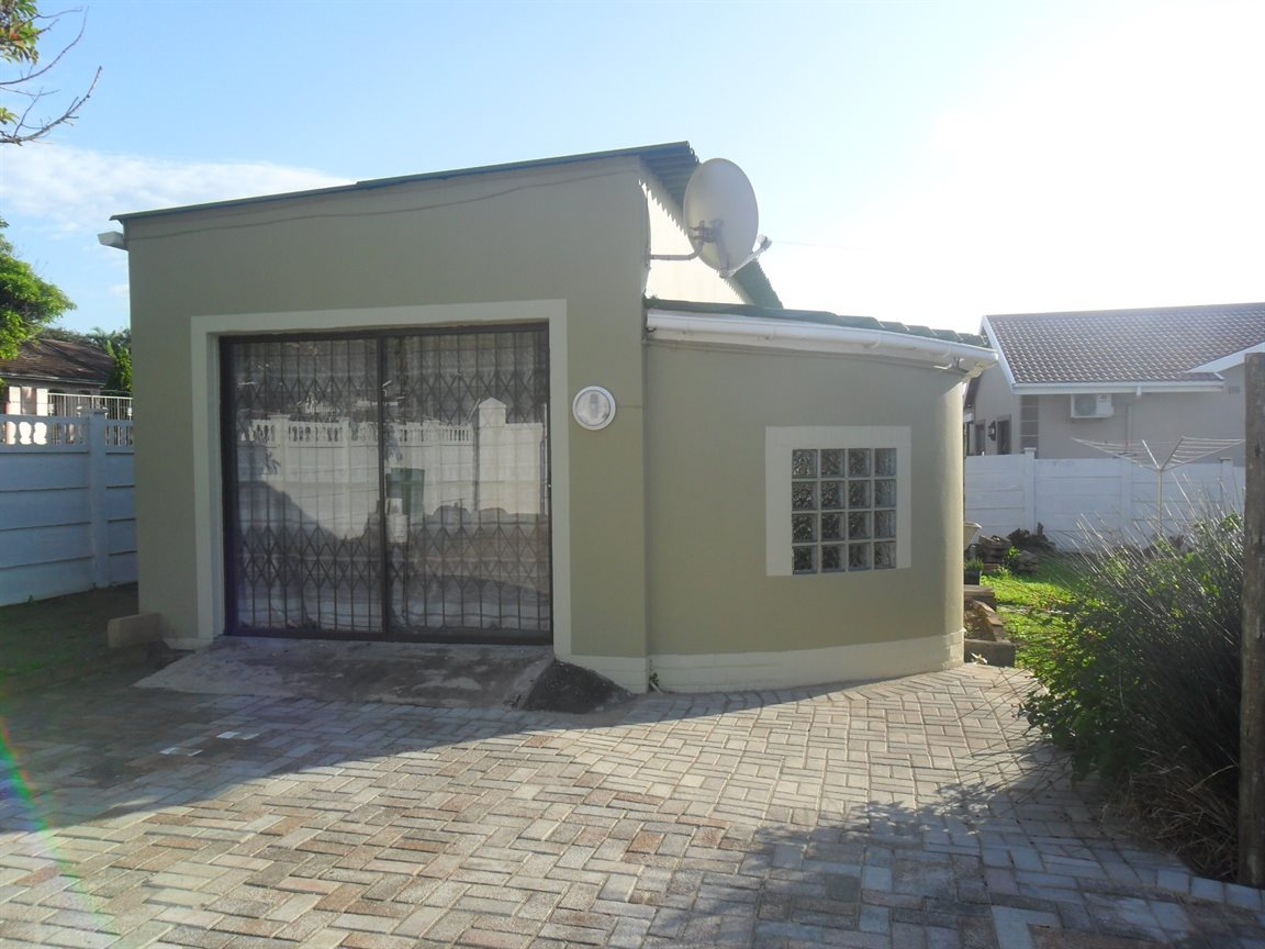 Property and Houses to rent in Park Rynie, Apartment, 1 Bedrooms - ZAR ,  3,70*,M
