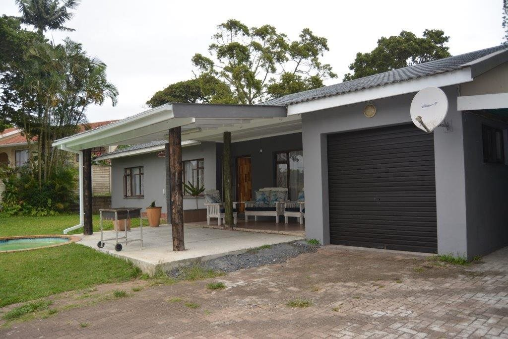 Uvongo property for sale. Ref No: 13590094. Picture no 2