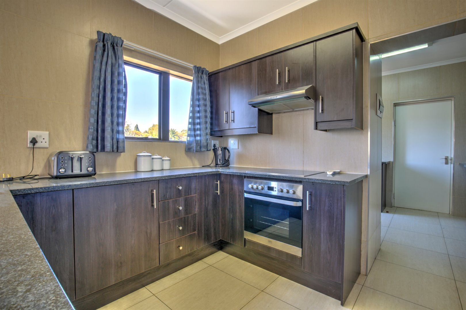 Fourways property for sale. Ref No: 13511211. Picture no 3