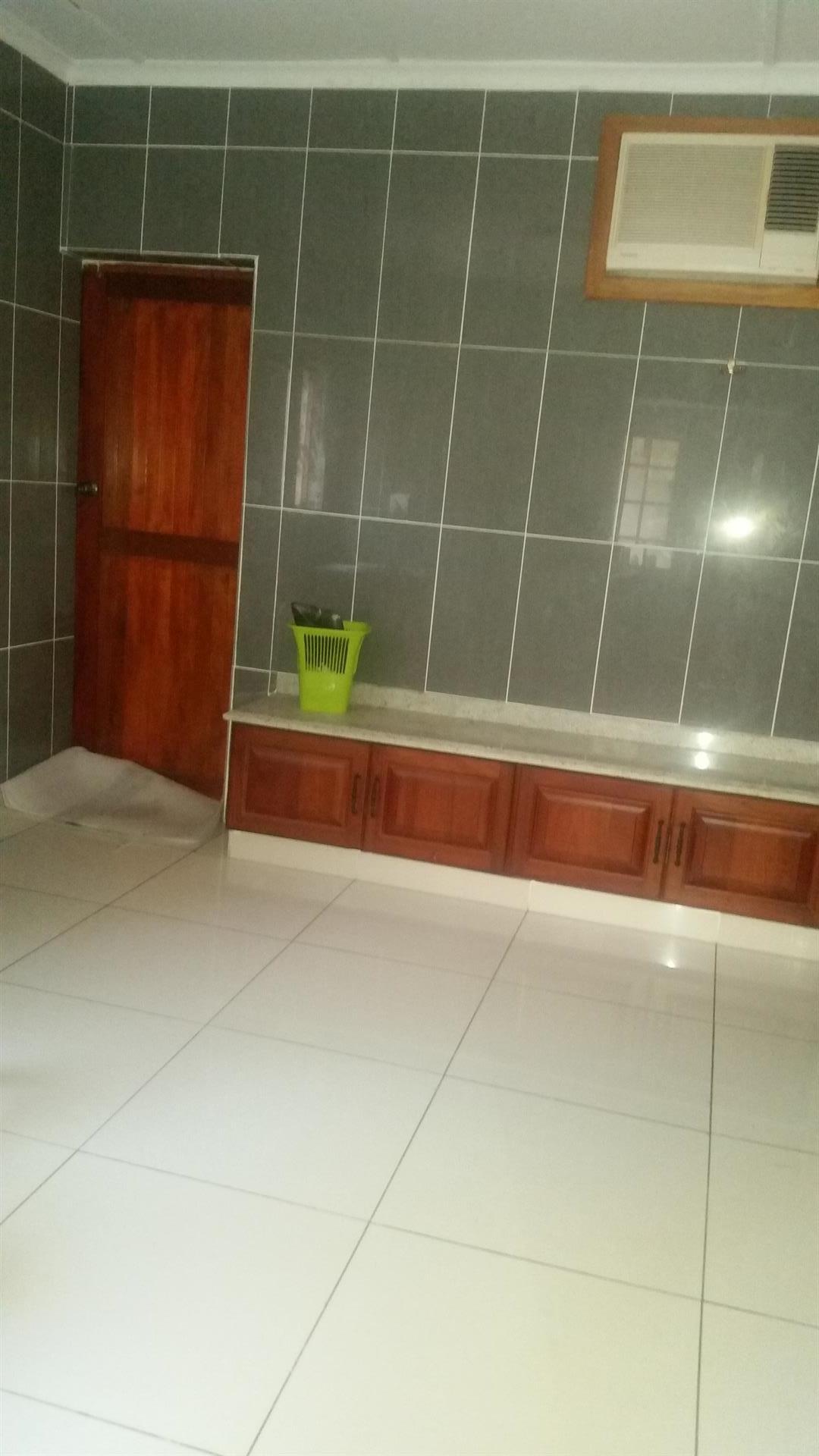 Meer En See property to rent. Ref No: 13569630. Picture no 11