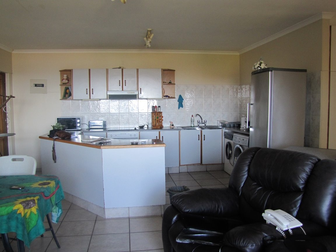 Amanzimtoti property for sale. Ref No: 13377010. Picture no 13