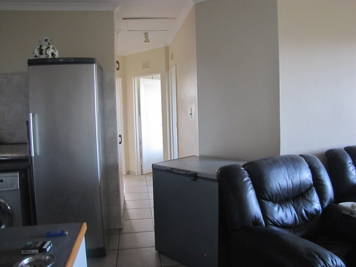 Amanzimtoti property for sale. Ref No: 13377010. Picture no 17