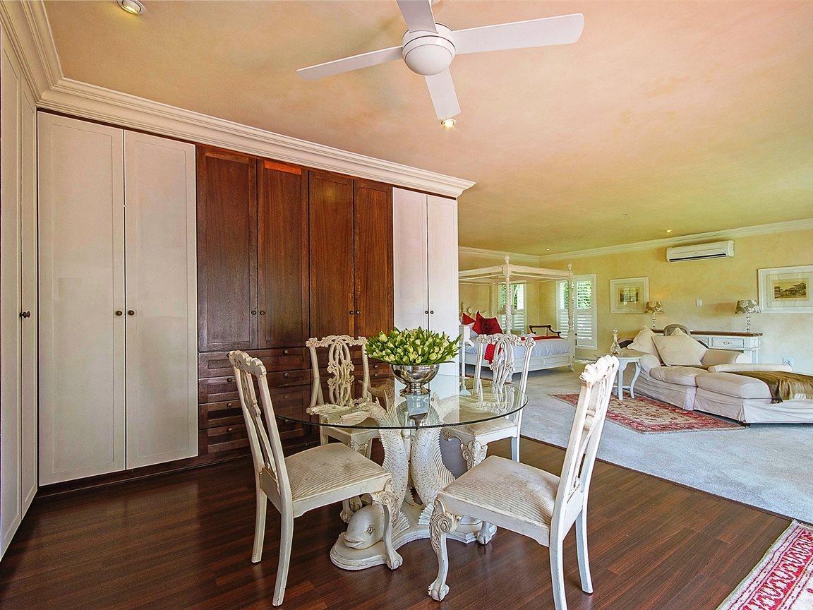 Bryanston West property for sale. Ref No: 13324196. Picture no 10