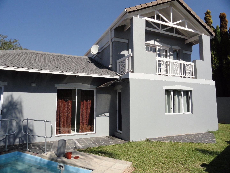 Pretoria, Silver Lakes Golf Estate Property  | Houses To Rent Silver Lakes Golf Estate, Silver Lakes Golf Estate, House 3 bedrooms property to rent Price:, 28,00*