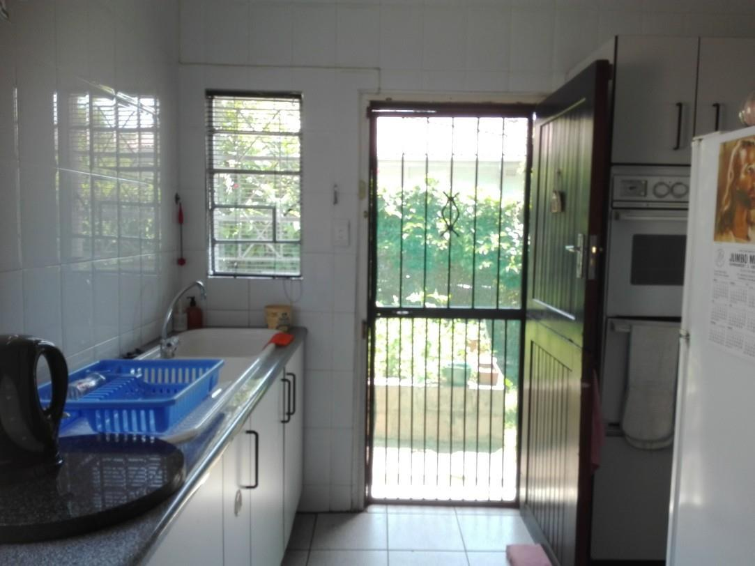 Uvongo property for sale. Ref No: 13435305. Picture no 5