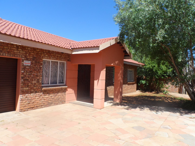 Kimberley, South Ridge Property  | Houses For Sale South Ridge, South Ridge, House 3 bedrooms property for sale Price:1,130,000