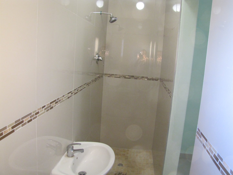 Lovu property for sale. Ref No: 13481638. Picture no 6