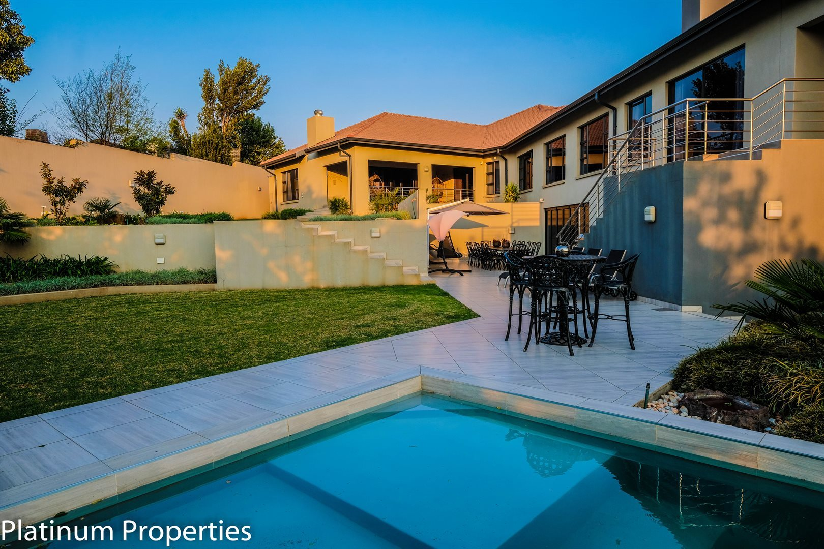 Three Rivers East property for sale. Ref No: 13622206. Picture no 28