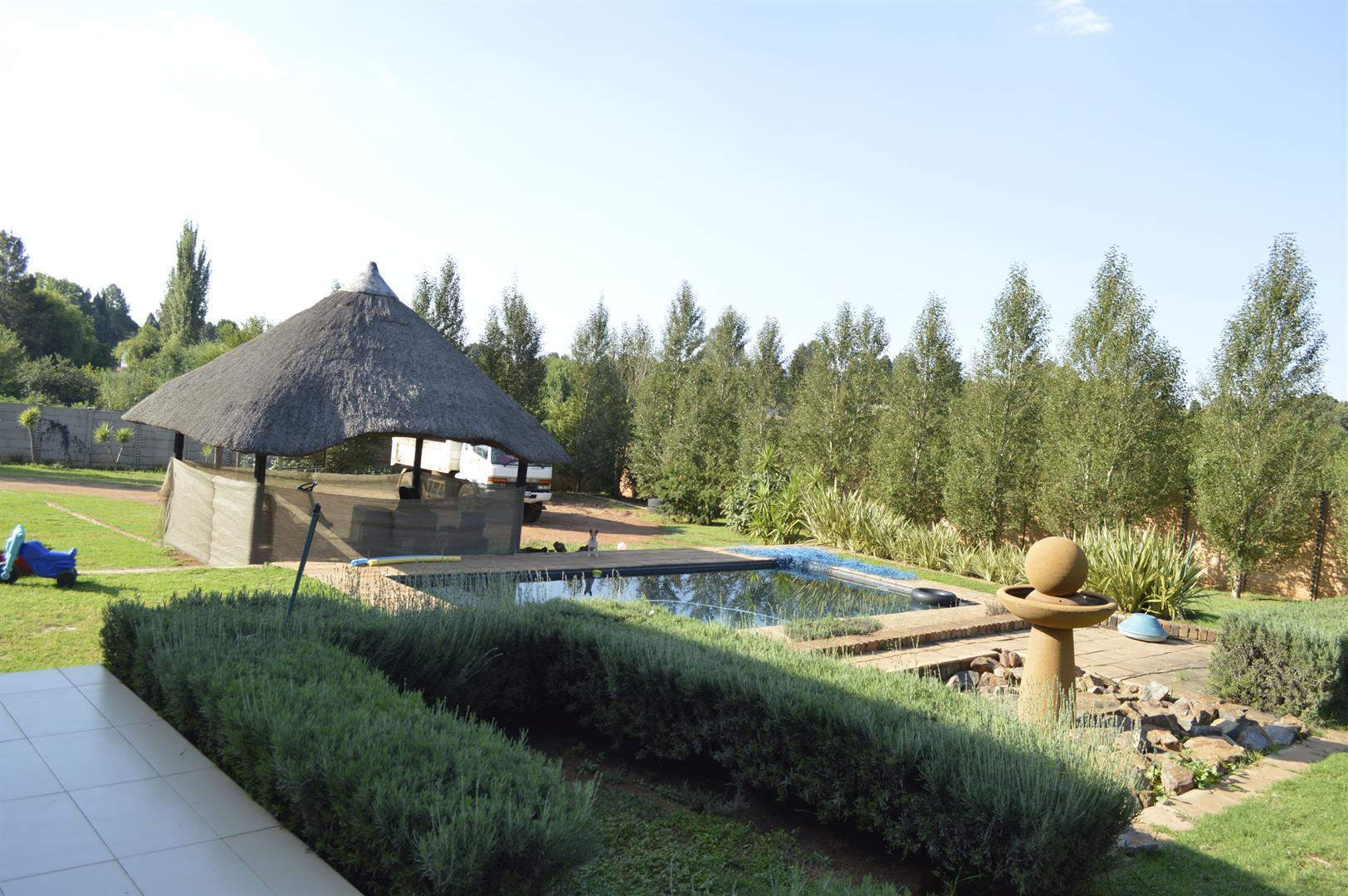 Raslouw A H property for sale. Ref No: 13442161. Picture no 30
