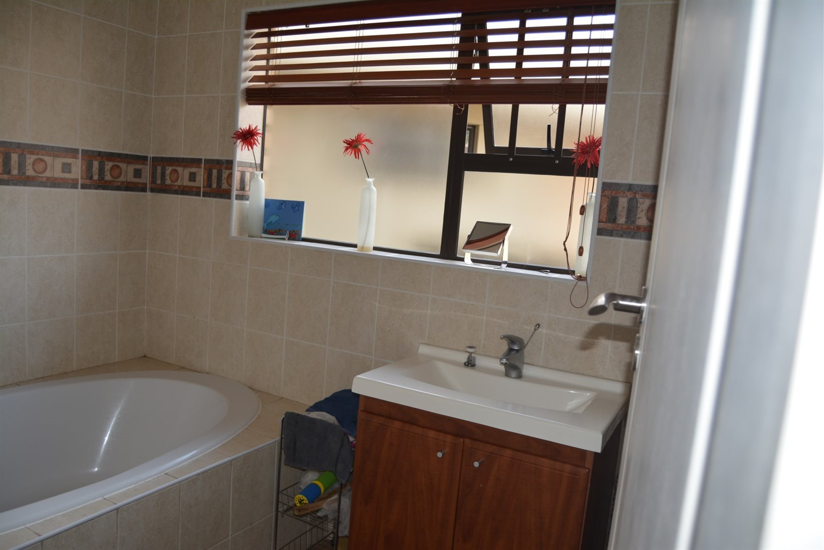 Three Rivers East property for sale. Ref No: 13229414. Picture no 5