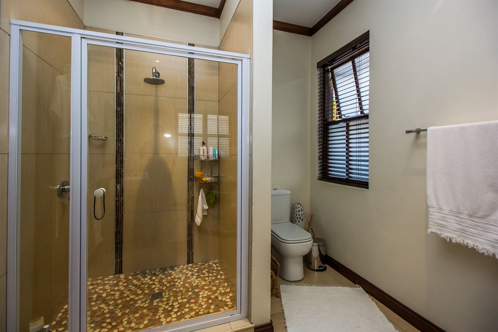 Waterkloof Ridge property for sale. Ref No: 13535230. Picture no 21
