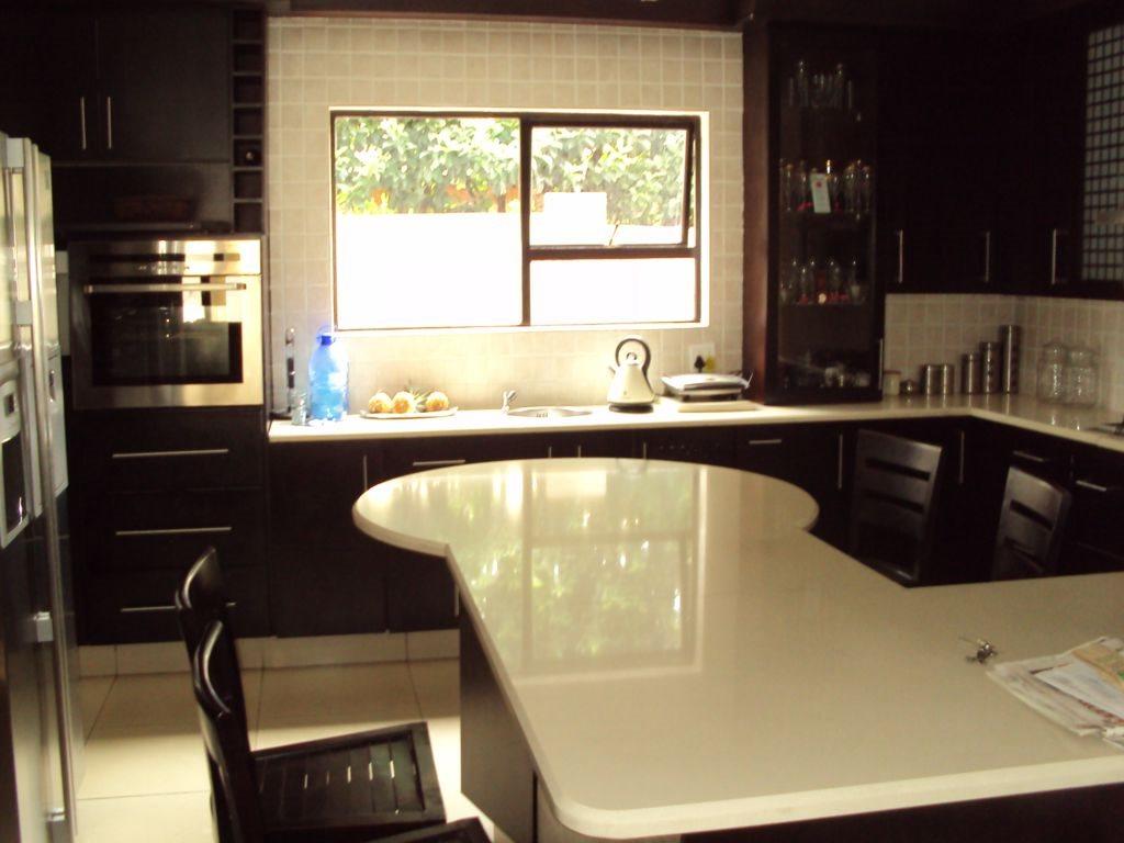 Midstream Estate property for sale. Ref No: 12781454. Picture no 9