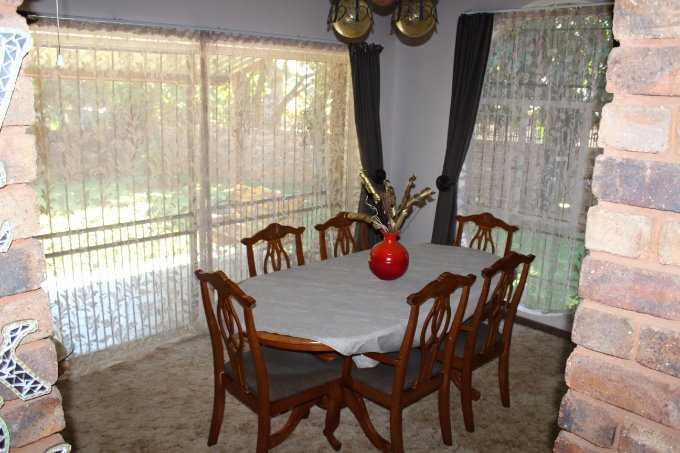 Theresapark property for sale. Ref No: 13506747. Picture no 8