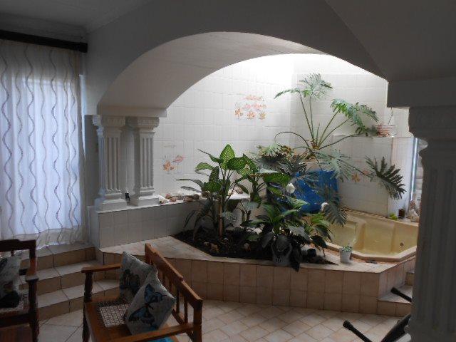 Mooilande property for sale. Ref No: 13421739. Picture no 3