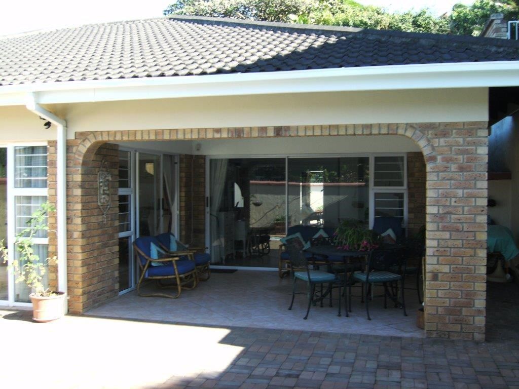 Shelly Beach property for sale. Ref No: 12737850. Picture no 1