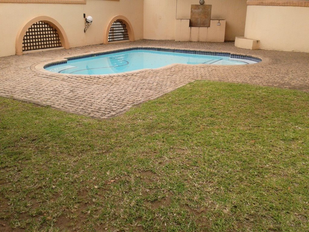 Uvongo property for sale. Ref No: 13272815. Picture no 3
