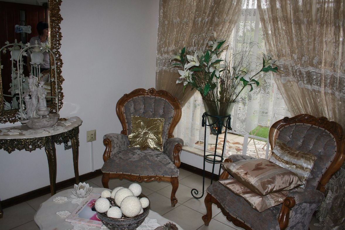 Randpoort property for sale. Ref No: 13502103. Picture no 4
