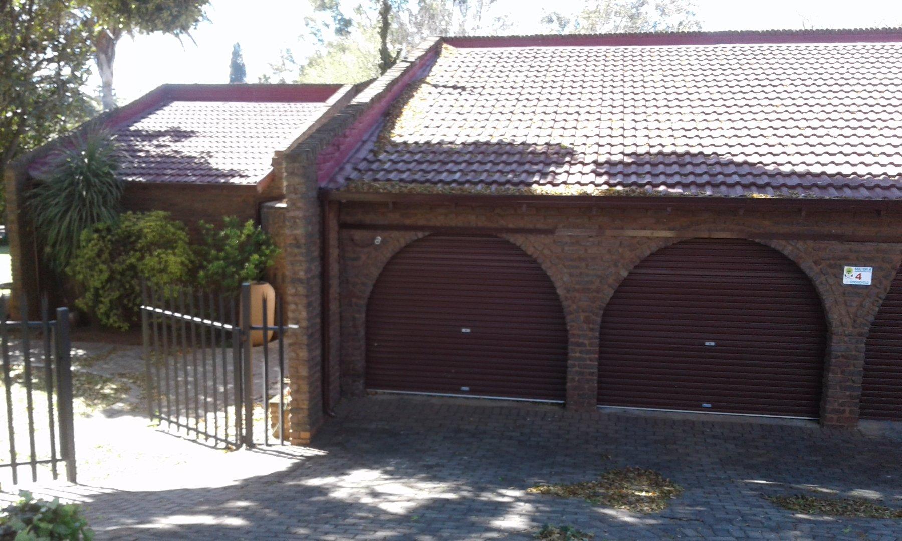 Krugersdorp, Noordheuwel Property    Houses For Sale Noordheuwel, Noordheuwel, House 4 bedrooms property for sale Price:2,250,000