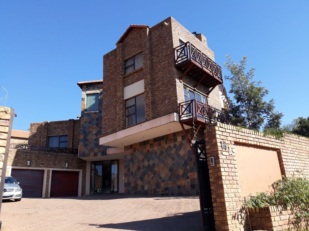 Alberton, Meyersdal Property  | Houses For Sale Meyersdal, Meyersdal, House 4 bedrooms property for sale Price:3,999,000