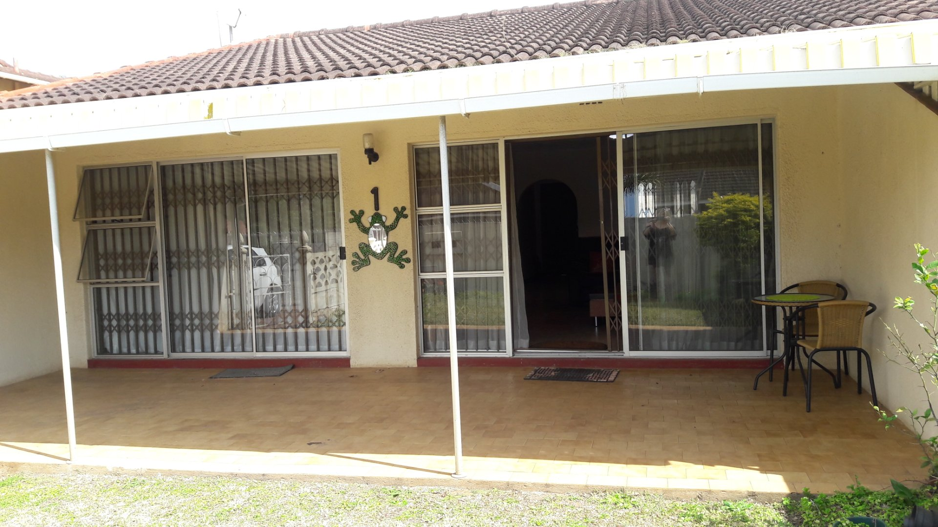 Property and Houses to rent in Scottburgh Central, Townhouse, 2 Bedrooms - ZAR ,  8,00*,M