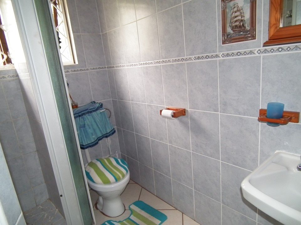 Umtentweni property for sale. Ref No: 13393032. Picture no 23