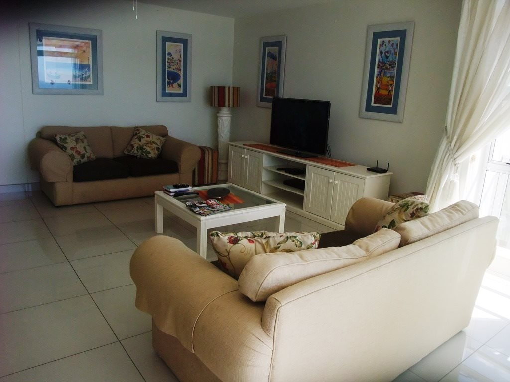 Margate property for sale. Ref No: 12775383. Picture no 9
