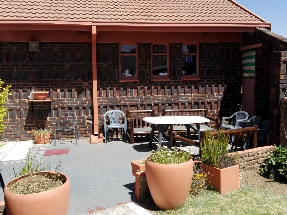 Riversdale property for sale. Ref No: 13397850. Picture no 11