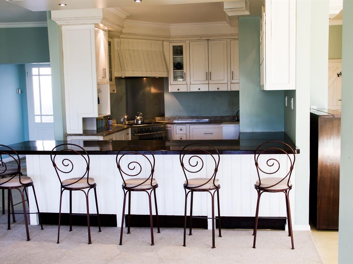 Widenham property for sale. Ref No: 13493005. Picture no 4