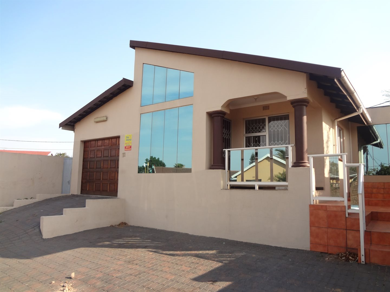Richards Bay, Brackenham Property  | Houses For Sale Brackenham, Brackenham, House 3 bedrooms property for sale Price:990,000
