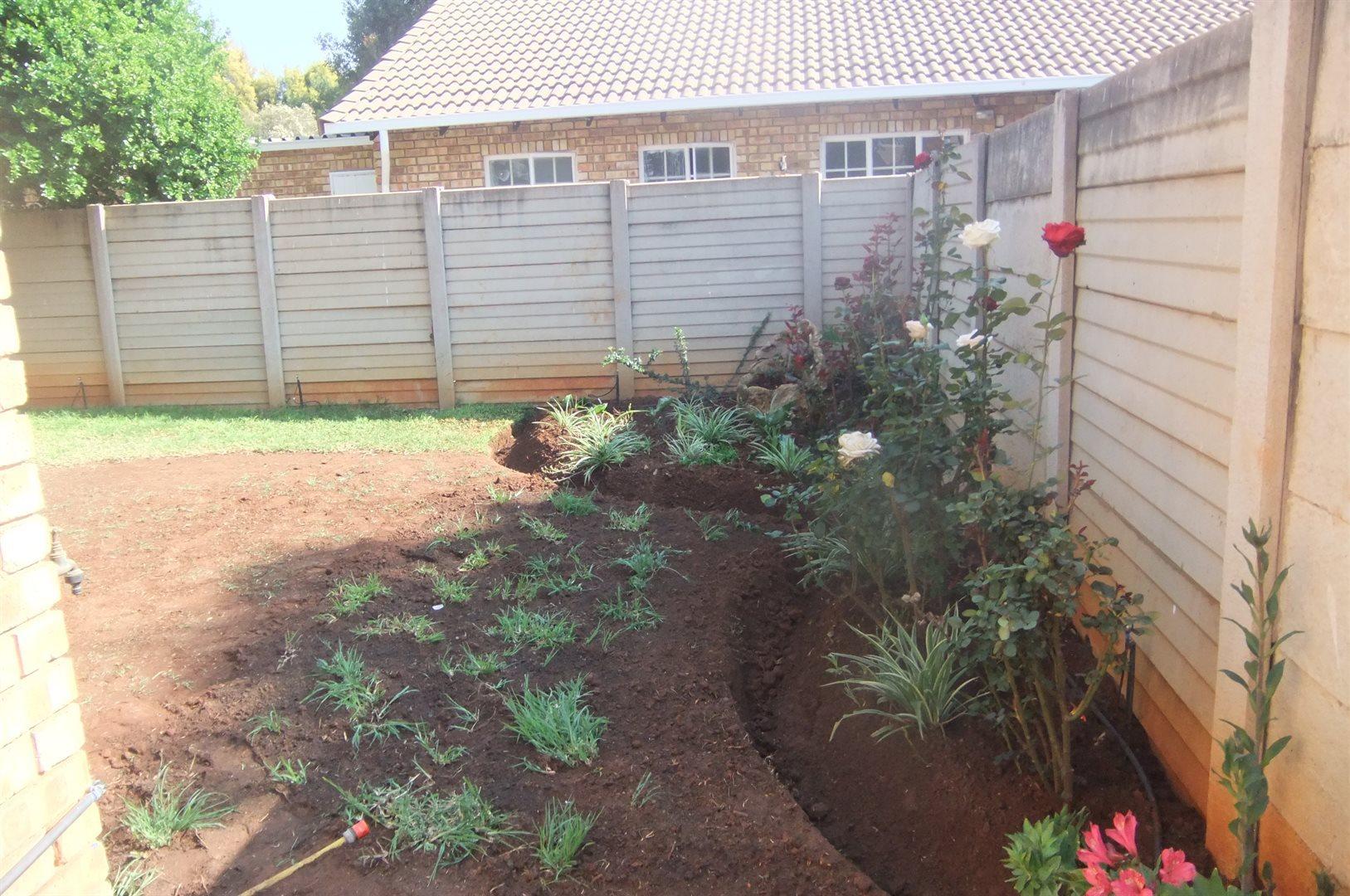 Doornpoort property for sale. Ref No: 13529208. Picture no 15