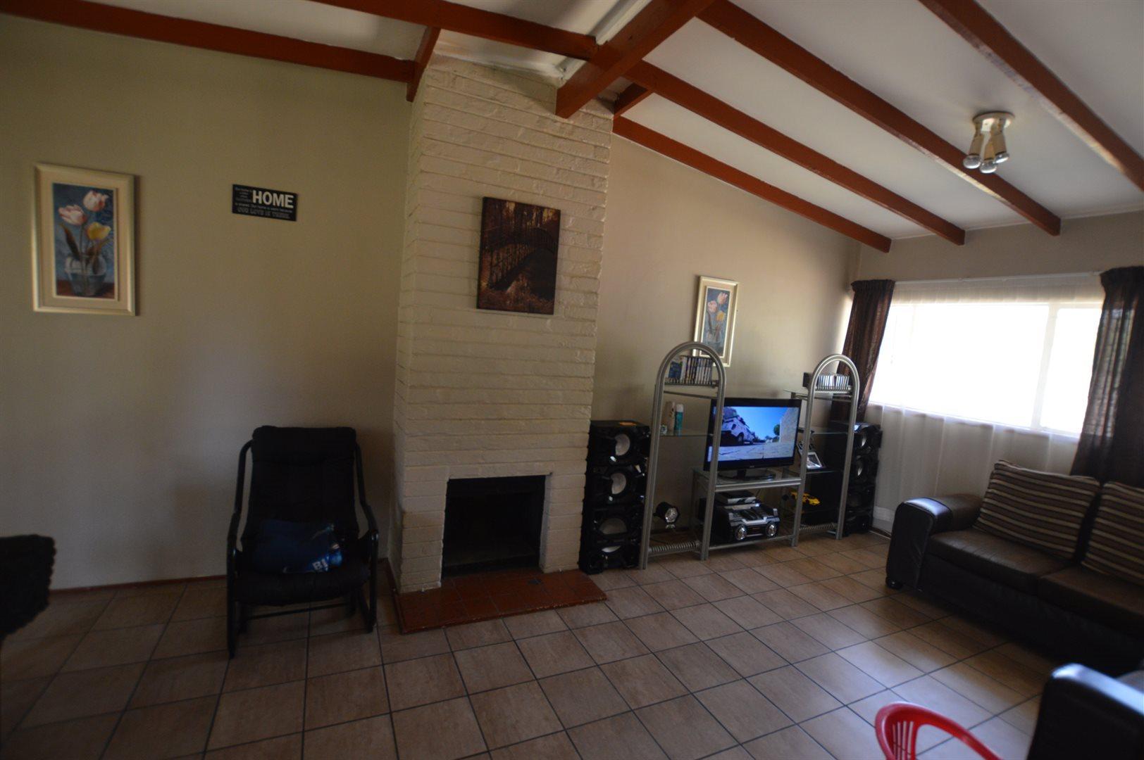 Sasolburg property for sale. Ref No: 13533279. Picture no 2