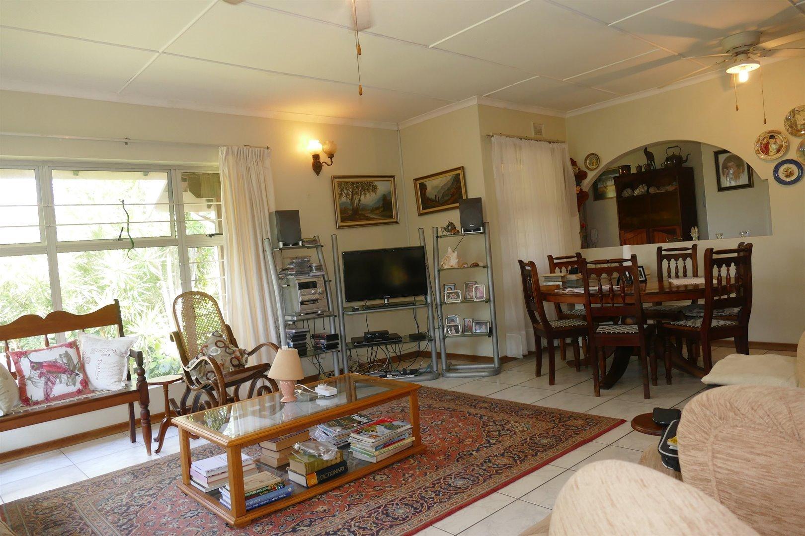 Scottburgh South property for sale. Ref No: 13476955. Picture no 6