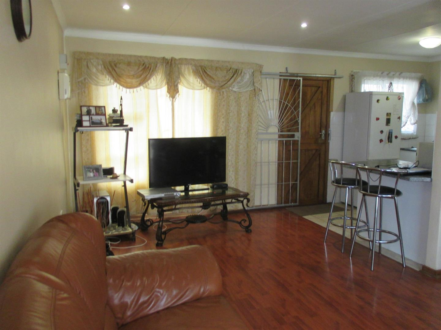 Haven Hills property for sale. Ref No: 13374517. Picture no 5