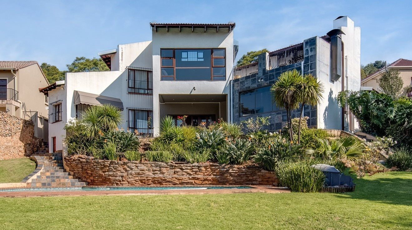 Property and Houses for sale in Northcliff, House, 5 Bedrooms - ZAR 3,799,000