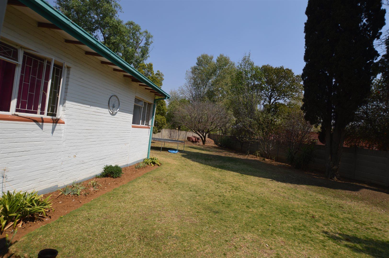 Sasolburg property for sale. Ref No: 13533279. Picture no 10