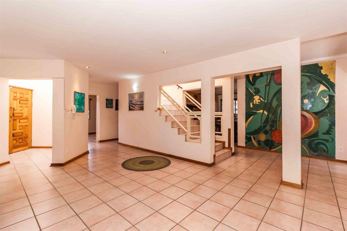 Erasmia property for sale. Ref No: 13400076. Picture no 6