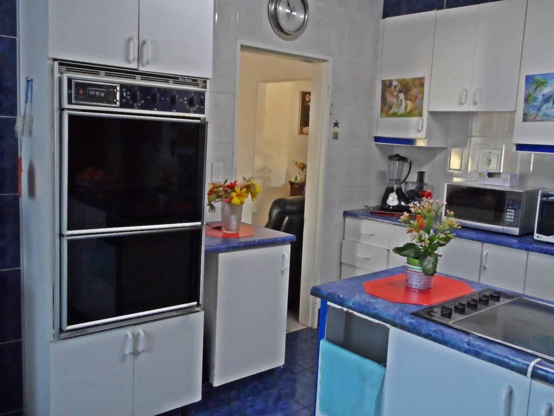 Krugersdorp, Dan Pienaarville & Ext Property  | Houses For Sale Dan Pienaarville & Ext, Dan Pienaarville & Ext, House 5 bedrooms property for sale Price:1,300,000